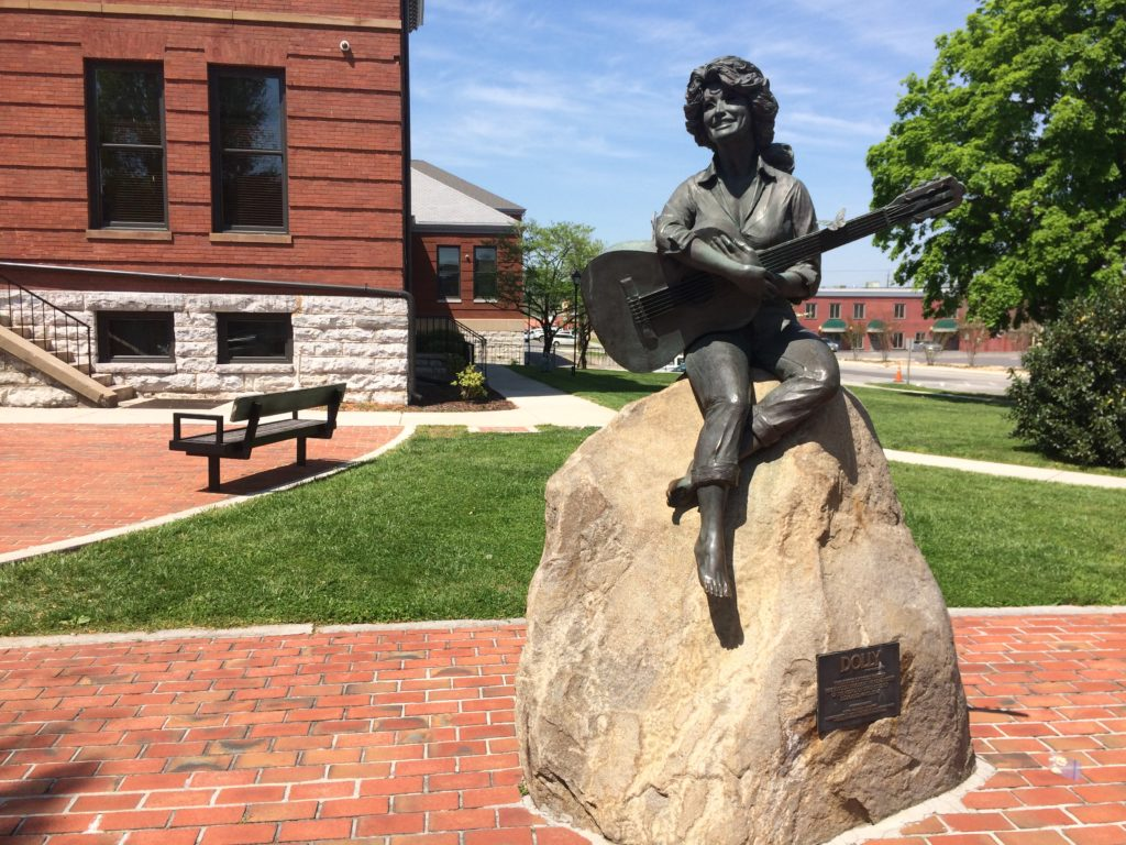 The Dolly Parton Statue in Sevierville, Tennessee